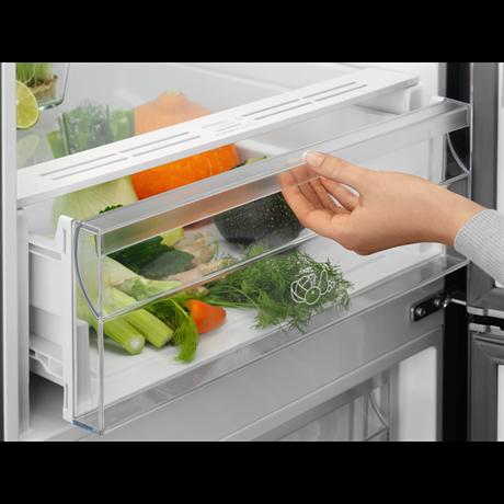 Electrolux hűtőszekrény 330 l